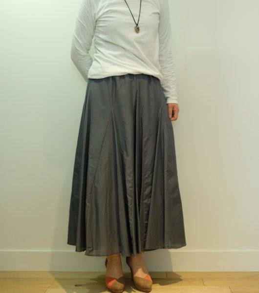 blanc basque コットンシルクローンのスカート
