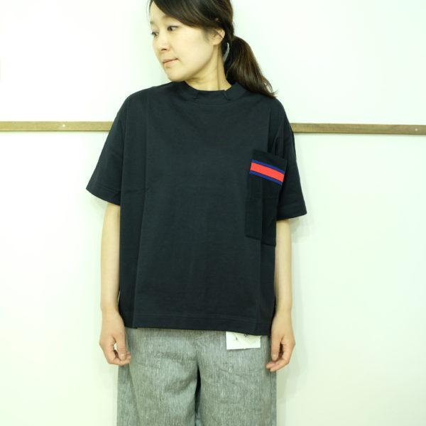 ESTROISLOSE ジャージ天竺のポケット付きTシャツ