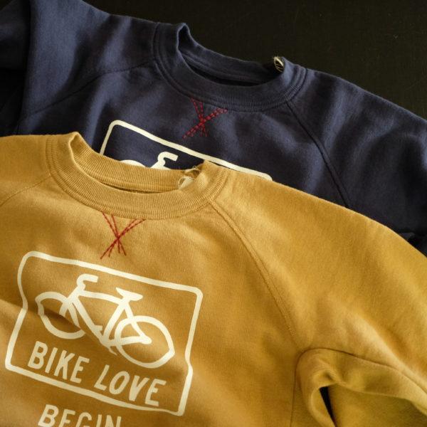 快晴堂 自転車ロゴのトレーナー