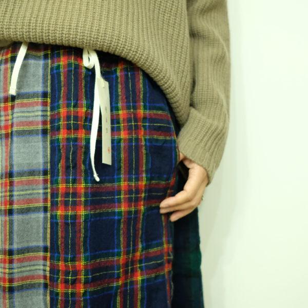 快晴堂 タータンチェックの6枚はぎスカート