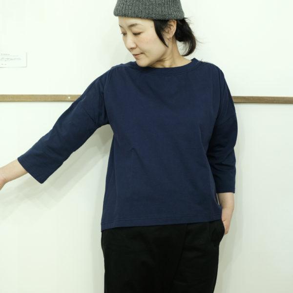 快晴堂 天竺の7分袖ギャザーシャツ