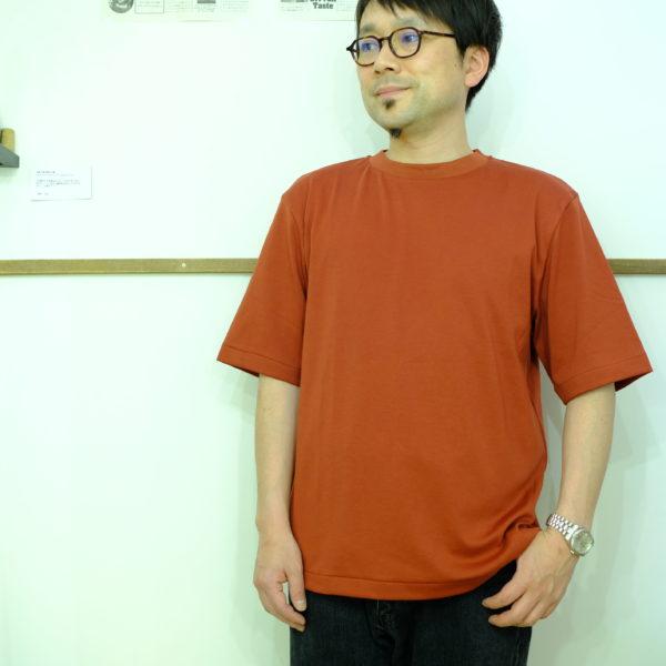 LA MOND スヴィンコットンの5分袖Tシャツ