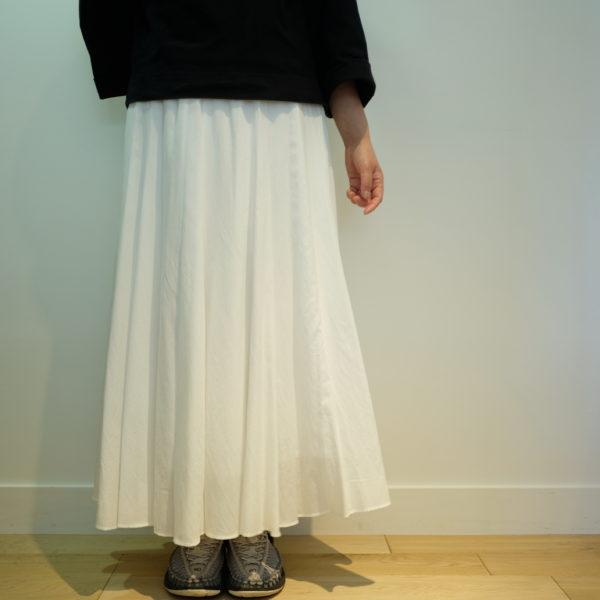 MONILE ウエストリブのフレアスカート