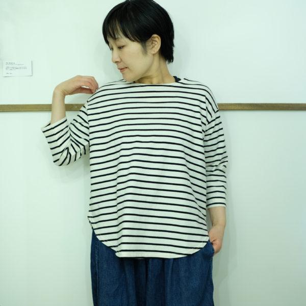 tumugu スープレコットンボーダー天竺の7分袖ロングTシャツ
