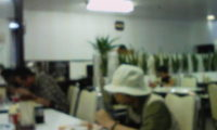 医大食堂にいろんな人生を感じる。