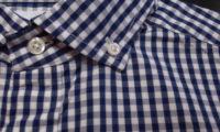 プジョルのブルーギンガムシャツの新着に、ミニマルな行動を考える