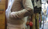 宮古の冬は1つボタンのカットソウでいいのです。